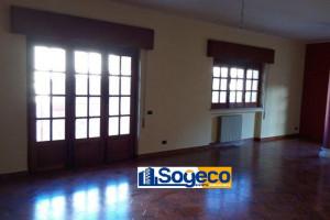 Bagheria (PA) in affitto appartamento cinque (5) vani cucina-soggiorno e doppi servizi