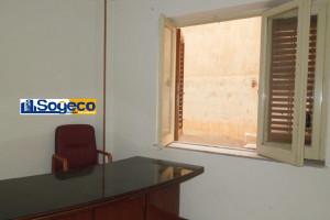 Palermo (Tribunale) in affitto ufficio/studio professionale tre vani e w.c.