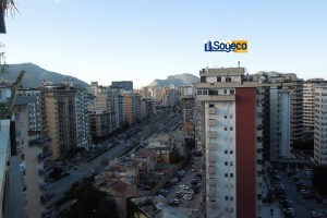 A/417 - Palermo in affitto attico con panorama integrale sulla città quattro (4) vani più accessori e terrazzo