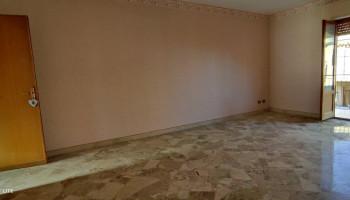 Appartamento cinque (5) vani in vendita a Bagheria (PA)