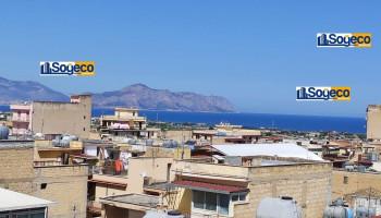 Quattro vani panoramico con terrazzo in vendita a Bagheria (PA)