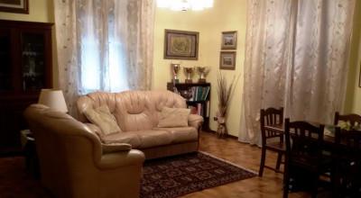 Antignano Mare-Bel 4 locali in piccola palazzina ristrutturata!