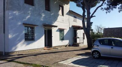 Castellaccio, appartamento di 120 mq con 300 mq di giardino 270.000 €