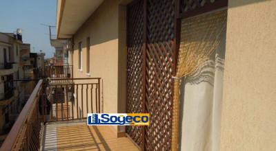 Bagheria (PA) in vendita appartamento con terrazzo doppia esposizione cinque (5) vani più accessori