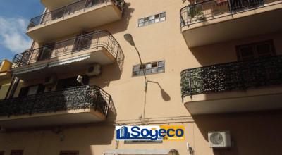 Bagheria (PA) in affitto appartamento arredato in buono stato tre (3) vani più accessori