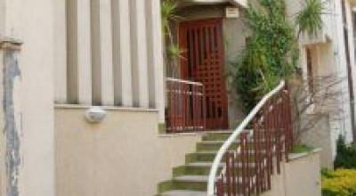 Bagheria (PA) in vendita due unità immobiliari in Villa prestigiosa