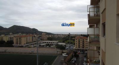V/502 - Bagheria (PA) in vendita appartamento panoramico con vista mare tripla esposizione cinque (5) vani ed accessori