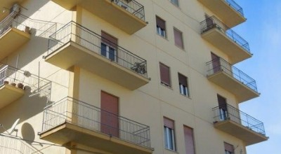 A/402 - Bagheria (PA) in affitto appartamento quattro (4) vani cucina e servizi