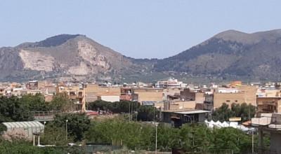 V/659 - Bagheria (PA) via San Giovanni Bosco in vendita intero stabile su tre elevazione complessivi 750 mq.
