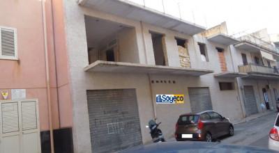 Bagheria (PA) via Caputo in vendita intero stabile grezzo composto di piano terra primo e secondo