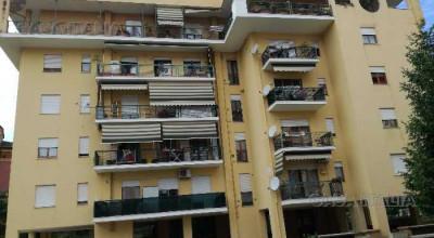 Appartamento Trilocale Semi Centrale