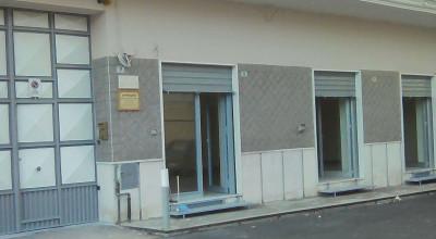 Fitta Locale Commerciale in Frattamaggiore FL78