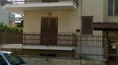 Fitta Appartamento in Sant' Arpino Cod. F246