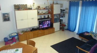 Appartamento + garage+posto auto+cantina+ giardino Rif: A17