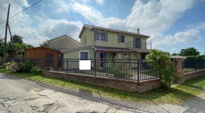 Villa indipendente Fenil del Turco rif. 226