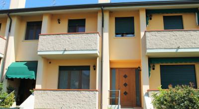 Villa a schiera in vendita a S. Martino di Venezze