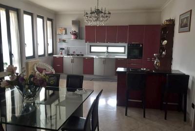Vende Appartamento in Frattamaggiore Cod. VA183