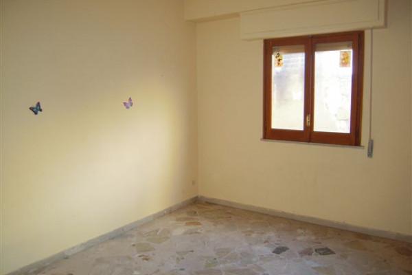 Bagheria pa appartamento in vendita sei 6 vani in condominio via consolare bagheria - Agenzia immobiliare bagheria ...