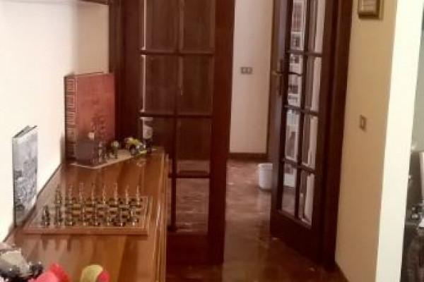 Avenza, Vicinanza COOP, appartamento con ottime rifiniture, 3 camere ...
